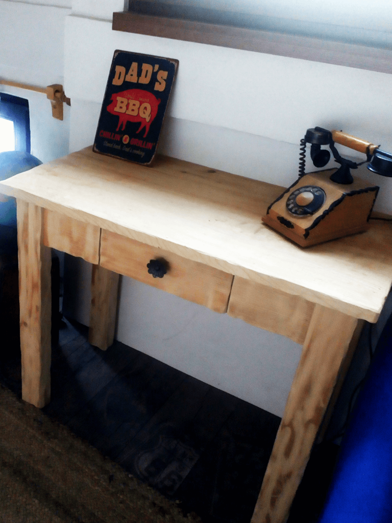 Patinovaný nábytok